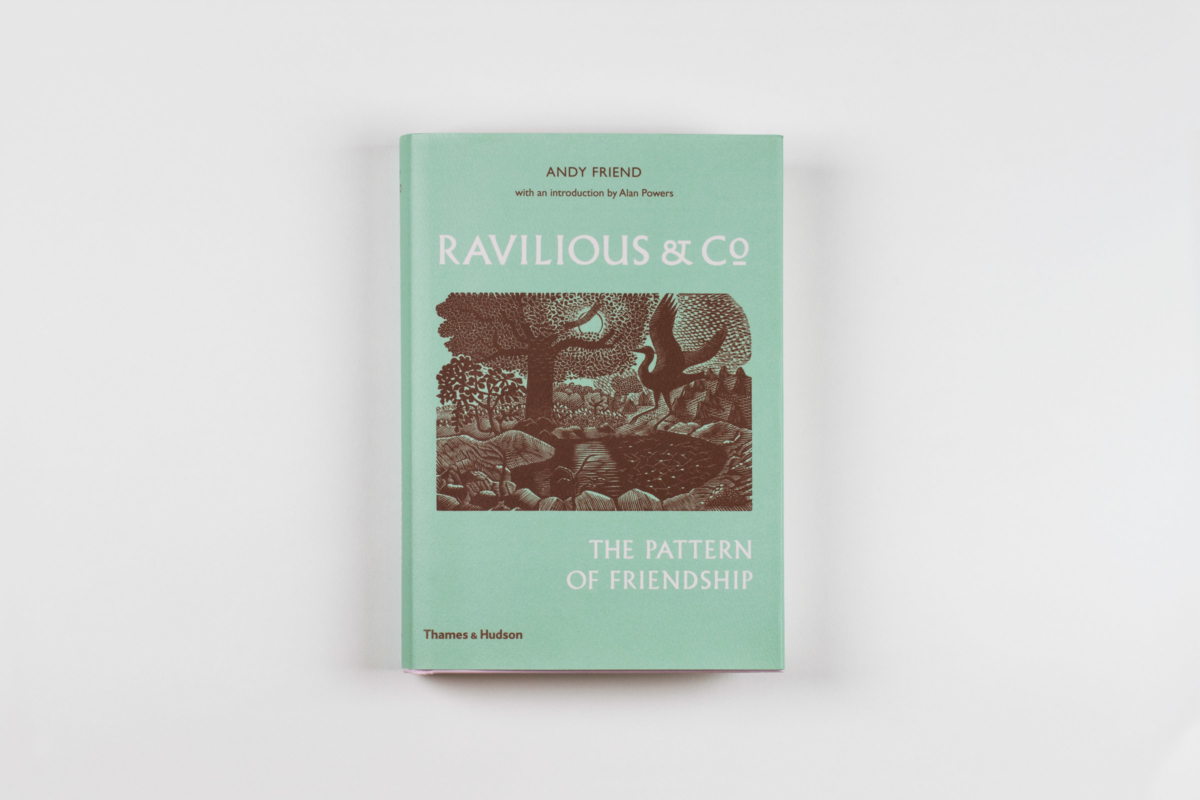 Ravilious & Co</br> 						  	   		<a class='viewproject' href='https://lisaifsits.com/ravilious-co/'>go to project</a>
